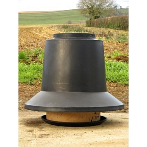 Outdoor 45 Gallon Feeder Fixed Lid